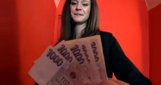 videos putas morenas dinero