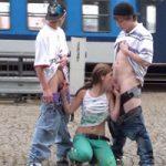 imagen Jovencitos follando en publico