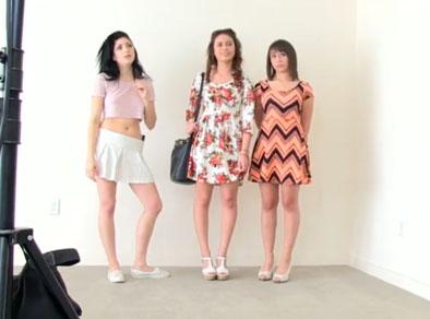Tres jovencitas en un casting para follada grupal