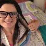 imagen Zorra con lentes chupando y follando