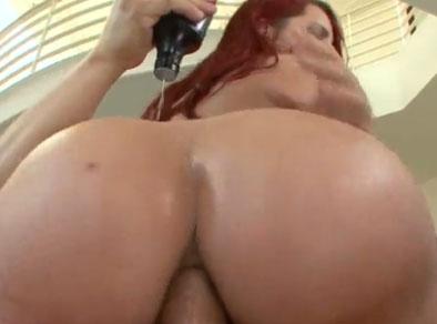 Follando el ojete de una impresionante gorda culona